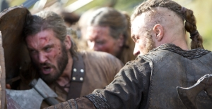 vikings_episode4 shieldwall