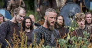 vikings_episode3_gallery pre raid ragnar
