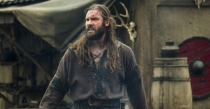 vikings_episode3_gallery rollo post battle